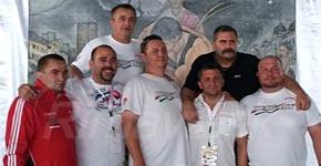 Táto partia kamarátov to celé spískala Cap, Szabó Bence, Kovács, Szabó Csaba, Zaremba, Radnóti aBabik