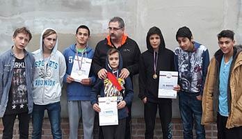 Družstvo Lokomotívy na MSR starších žiakov v gréckorímskom štýle