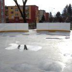 V Klenovci majú novú ľadovú plochu