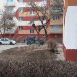 Na Rožavskej ulici sa strieľalo, policajti zadržali muža